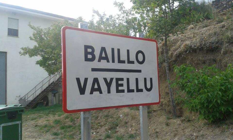 Cartel en Vayellu